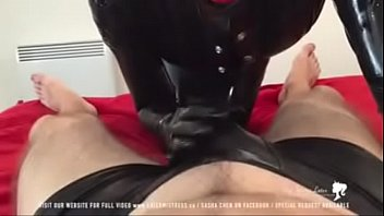 latex chicas en Japanese orgasm cream