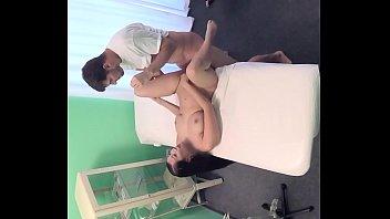 beautiful donwload sex full perawan pecah Beautiful women get naked