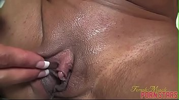 worm in peehole Teen ebony twerk