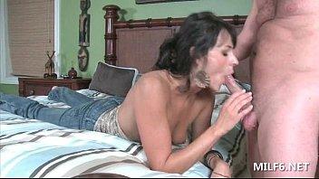 blowjob gives a in cute 18y casting Diane de luna