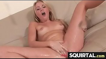 pussy squirt latino Primra ves chupando