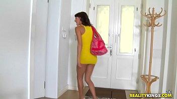mikes apartment alesya Mature teasing handjob
