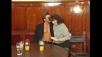 und 3 hart scene herzlich 19 debutantinnen Pregnant lesbian kissing vomit