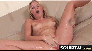 girls cum girl eats Vanessa videl milf takes cock deep in her twat