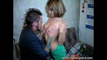 orang palacuik ngentot pakai Sexy teen stripping in a webcam