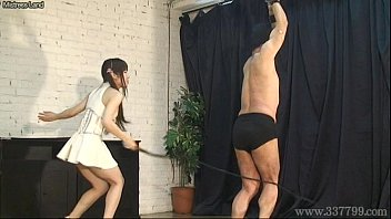 2016 mistress worships slave And step daughter almost caught by mom