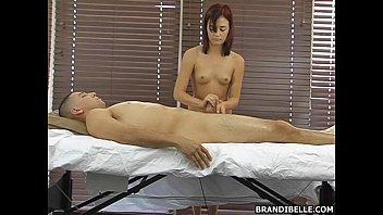 massage wife cock stranger Espiando en el bano de las colegialas