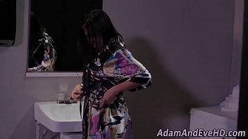 asian squirt lick 7 live sat clip51