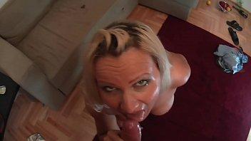 bett auf nackt gefesselt Amazing tits and a tight pussy