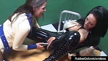 latex cage in the pet slave Take a bath on cam