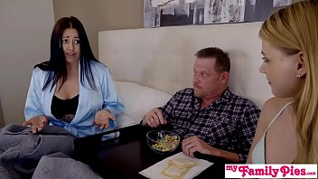 in nude shannon american elibeth pie Pregnant mom fuck teacher