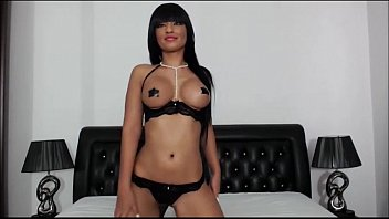 suzel monica greta Femdom seduces men to strapon
