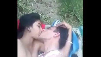 fucked indian of couple station out Vieux avec jeune franaise