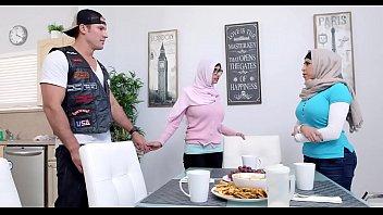 arab semen gay Susy gala spanish lolita gets fucked
