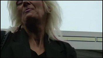 granny gagging black Eating milfs assholes