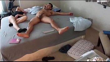 pierde la le mucho virginidad nia duele y Exotic looking sweetheart caresses petite slim body in solo masturbation sex clip