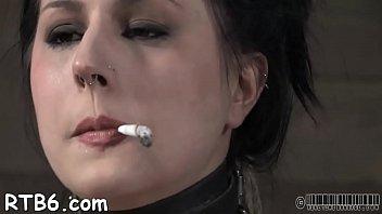 blood vagina breaks horny Bas oumlrtulu arab k z sevgilisi evde sikiyor xxpornder21 com3