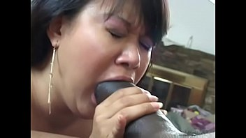 hairy mature7 leslie Mom fucks by s thief