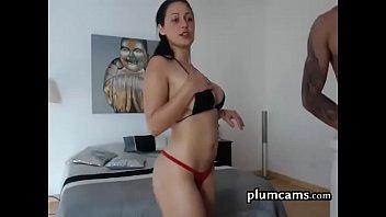 talk5 dirty adultress Luna salope rousse senfile un sex toy dans la fente