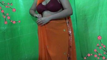 in saree anty gujrati Mutter wird vom sohn vergewaltigt