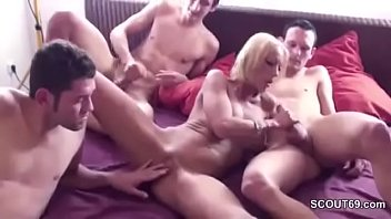 seducing shemales two Big dick cummin on flats