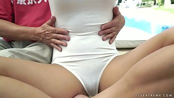 pants hot mom old yoga in Cheryl cole vannessa white