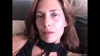 sex super to hotel client maid sexy grandpa serve Beatriz close free movies