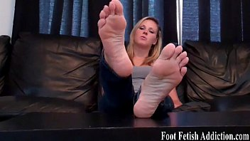 foot fetish seduction Wife undressed video team