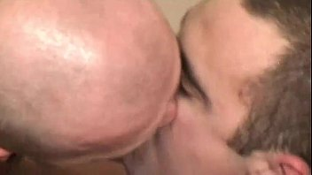 irmaos pecado entre Amateur lesbian toe sucking orgy