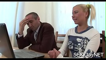 kelly virtual trump Sikh wife fingering