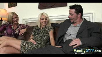 toon fucks slipeeng daughter father Extra small sister forced