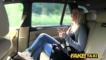 taxi e83 fake ava Busty mom 3d