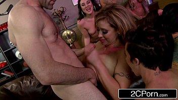 foxx lola loves stevens lesbian girlstryanal ass jada Five sister part 3