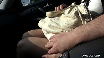 dans car drague Mature housewife in kitchen