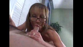 cougar mom new camera friends Rebeca kristina sucking dick in unison