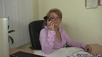 mature seduced cheat a gf How much does she squirt