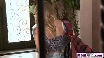 lap jp sex spl milf blonde busty Couple amateur francais a suivre 24 h en livecam chez eux