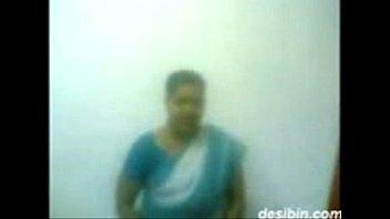 aunties nude tamil videos Actress radhika apte mms