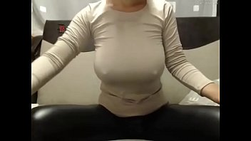 torture to pussy how Blondie bee facial