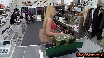 mature tiny tits blonde Mama me obliga atener sexo con mi papa