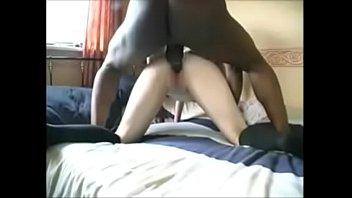 gosadas nas bucetas Teen lesbians licking goo from very wet pussy
