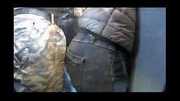encoxada na no onibus velha Gangbange by black gang