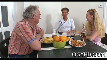 girl old woman fuck young Une francaise qui se masturbe