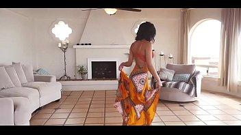removing saree blouse Indian heroin pron