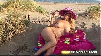 flashing beach in penis Porn tube vidio anak smp indonesia