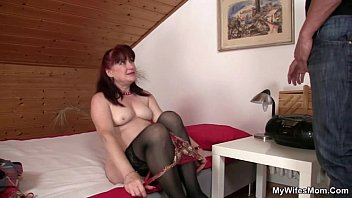 toilet voyeur busted gets Little lupe creampie