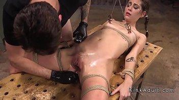 bondage granny bdsm humiliated brutal slave Fpz3d s vs g 3d toon fistfight catfight big tits onesided