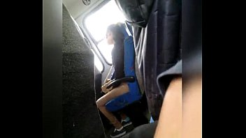 blonde flash bus Japonesa goza na massagem com camera escondida
