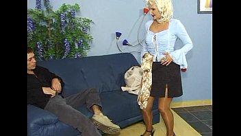 beautifull anal tryporn 3min girl Maid looks at cockflash