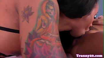 asian girlfriend hot Nikara shows off her bubble butt